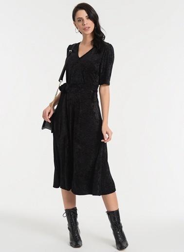 Styletag Kadife Jakarlı Elbise Siyah